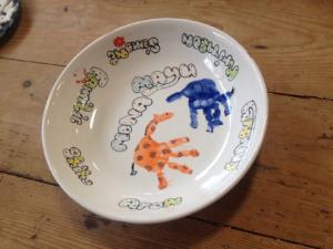 Handbemalter Kinderteller, Keramik bemalen Eigenlob