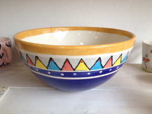 Bemalter Sohoschale, Keramik bemalen Eigenlob
