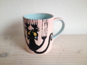 Bemalter Becher mit Henkel, Keramik bemalen Eigenlob