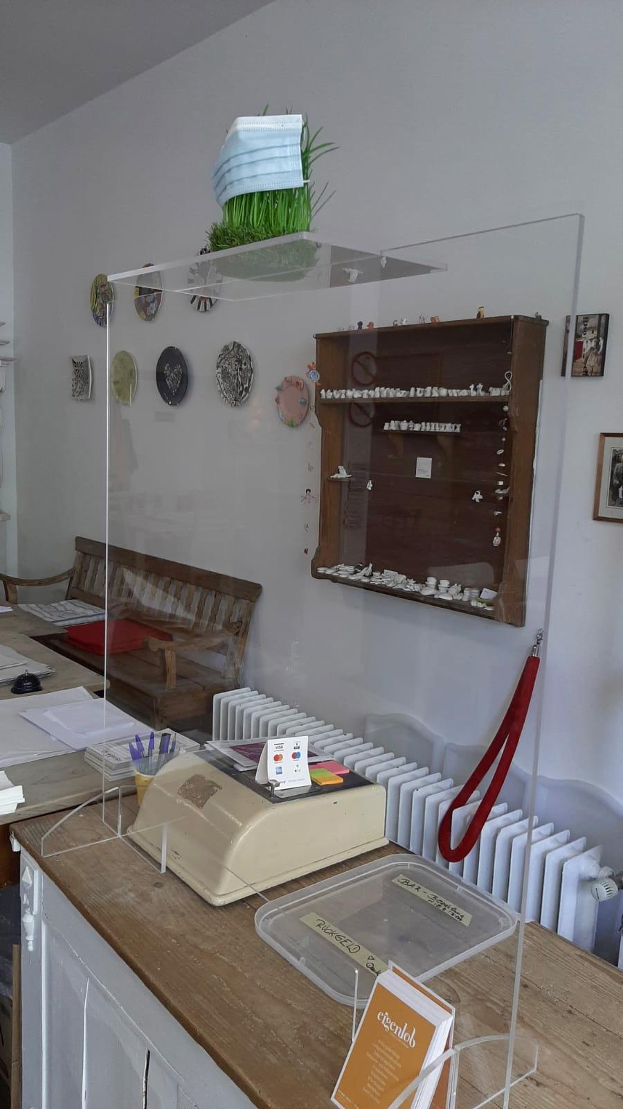 Kassenbereich Eigenlob Keramik bemalen