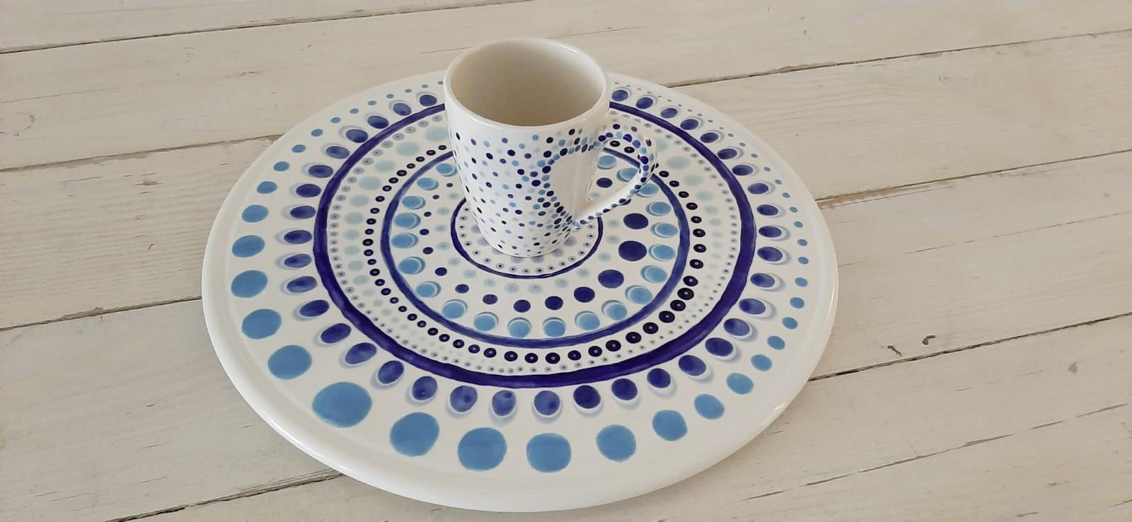 Tortenplatte und Astrid Tasse Keramik selbst bemalen