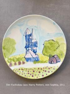 Fuchsbau aus Harry Potter auf Keramikteller bemalt